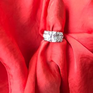 Costume ring  size 5.5